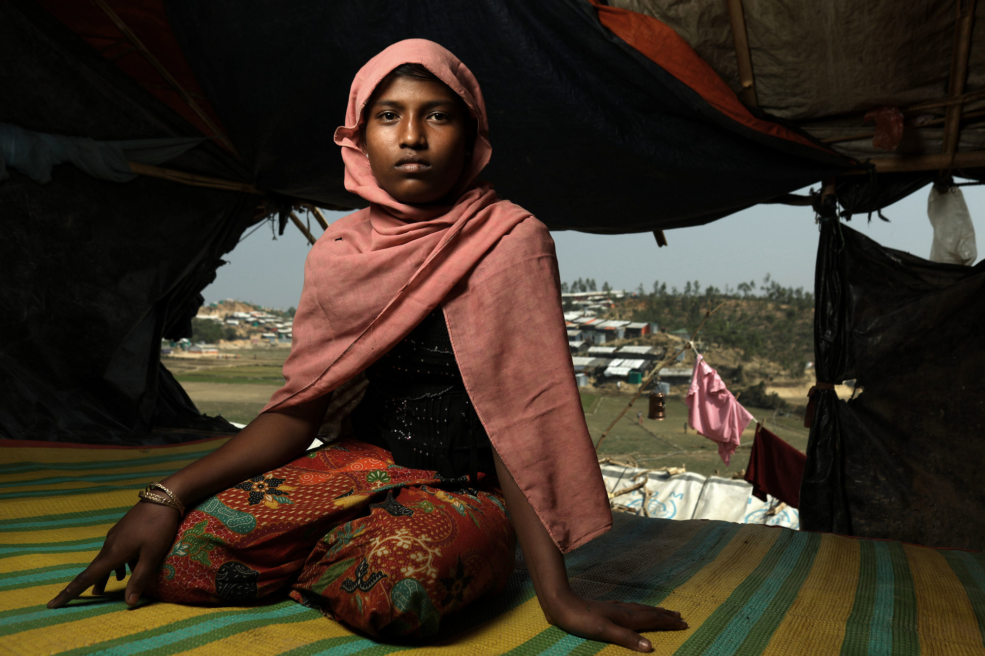 A young girl living in a Bangladeshi refugee camp. Photo: Josh Estey/CARE
